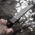 nůž patron v pěsti